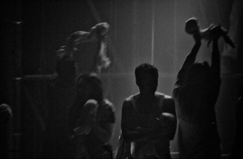 """""""Katër I Radës. Il Naufragio"""", dell'opera da camera dei Cantieri Teatrali Koreja, commissionata dalla Biennale di Venezia"""